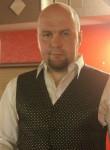 Vladimir, 42  , Gatchina