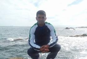 Djalal, 34 - Just Me