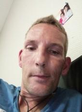 Chris, 39, France, Pau