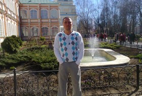 Valentin, 41 - Just Me