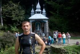 Dima, 46 - Just Me