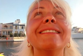 Valerya, 52 - Just Me
