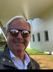 James, 50, United States of America, Los Angeles