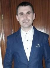 Victor, 29, Spain, Paradas