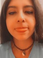 Lynda, 19, United States of America, New York City