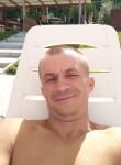Davay , 38  , Makariv