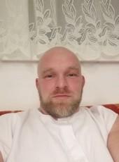 Viking, 45, Austria, Linz