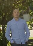 Alex, 45, Zelenograd