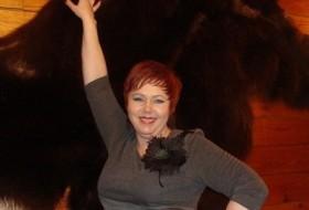 vecHYLLIkA, 51 - Just Me