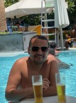 Essam, 40  , Al Jizah