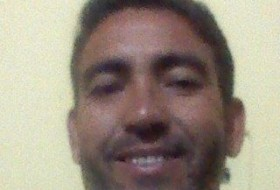 Roberto, 46 - Just Me