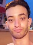 Lucas Diones, 24  , Vilhena