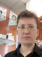 Mikhail, 39, Kazakhstan, Astana