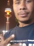 علاء, 18  , Kuwait City
