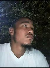 Snoop, 32, United States of America, Philadelphia