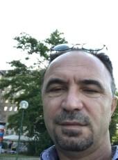 Murat, 44, Austria, Vienna