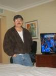 cesar, 51  , Santa Tecla