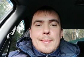 Aleksandr, 34 - Just Me