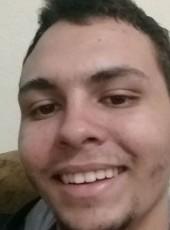 Everson, 20, Brazil, Taubate
