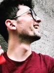 Francesco, 21  , Rome
