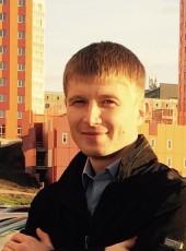 Yury, 35, Russia, Sevastopol