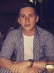Ross, 24  , London