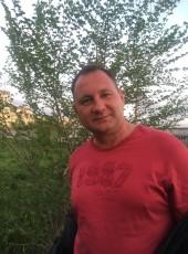 Oleg, 49, Russia, Saratovskaya