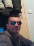 Adis, 40  , Sarajevo