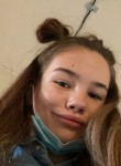 Katya , 18  , Saint Petersburg