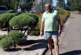 Slavik, 46 - Just Me