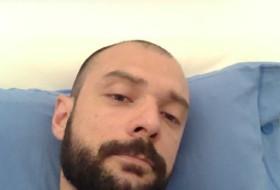 Claudio, 36 - Just Me