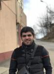 Aykhan, 21, Golitsyno