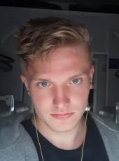 Vitaliy, 22, Ukraine, Kiev