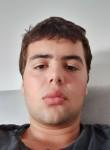 אורי, 18  , Ra anana