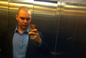 Viktor, 24 - Just Me