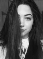 Milana , 18, Russia, Tolyatti
