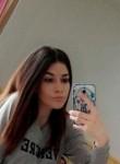 lisa, 20  , La Ville-du-Bois