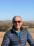 Alexandre, 57  , Asnieres-sur-Seine