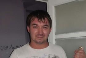 Dimitro, 29 - Just Me