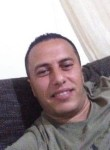 Ismail, 35  , Tunis