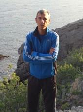 Dima, 42, Russia, Shtormovoe