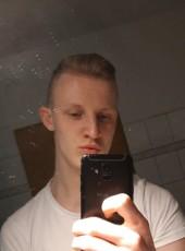 Lukas, 20, Germany, Berlin