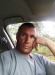Yuriy, 41, Borovichi