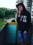 Aleksandr, 18, Luga