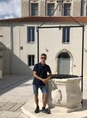 Nicolas , 23, France, Thionville