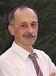 Anvar Mukminov, 65  , Tashkent