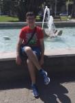 Gerardo , 19  , Nocera Inferiore
