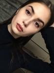 Katya, 23  , Kiev