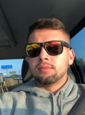 Nick, 28, United States of America, South Boston