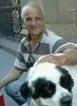 Enzo, 52  , Volla